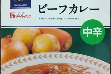 ローソン 暮らしの逸品ローソンセレクト 玉ねぎ・にんにく・チーズと牛肉の旨味 ビーフカレー